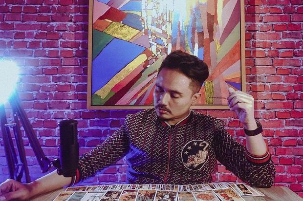 Denny Darko Sebut 2021 Bakal Banyak Artis Baru dan Artis Lawas Comeback