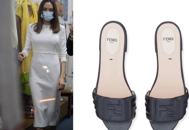 Tampil Elegan, Angelina Jolie Kenakan Sandal & Tas Brand Mewah