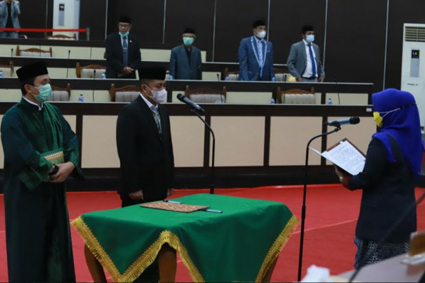 Mukhtar Badewing Resmi Gantikan Edy Manaf di DPRD Sulsel
