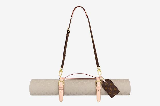 Wah, Matras Yoga Louis Vuitton Rp28 Juta Ditarik dari Toko