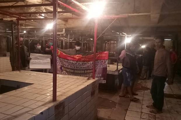 Pedagang Gelar Aksi Mogok, Daging Sapi Langka di Bekasi