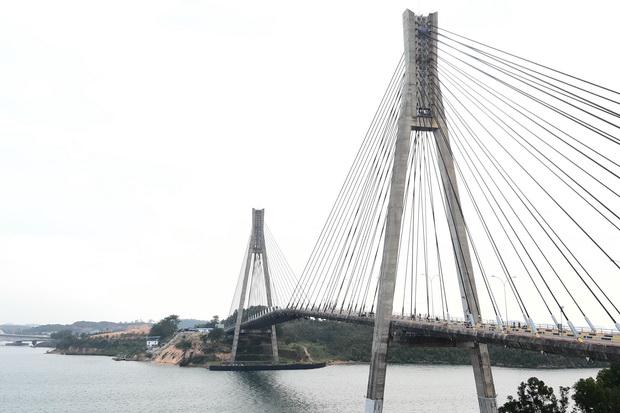 Pelesiran ke Batam, Tidak Afdol Kalau Belum Kunjungi Balerang Bridge