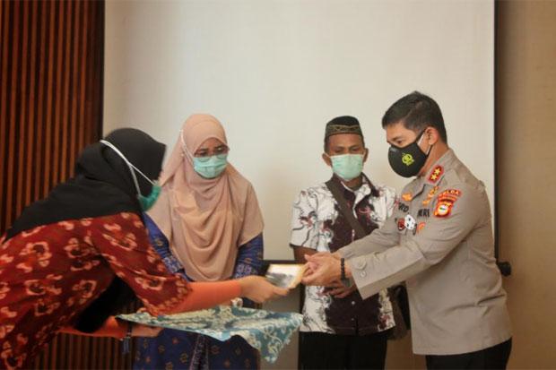 LPSK Salurkan Kompensasi Korban Terorisme di Sulsel Senilai Rp2 M