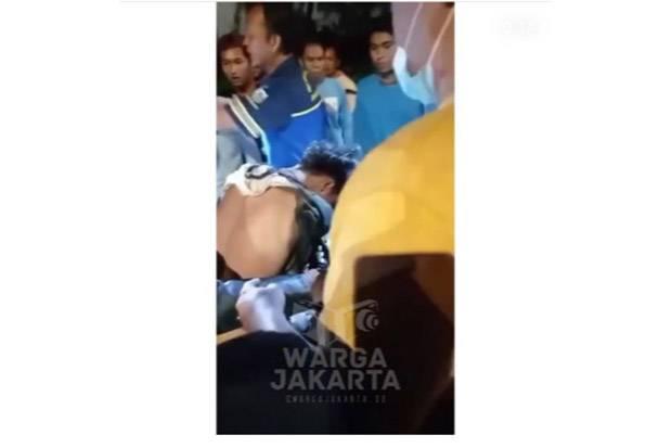Tertangkap Warga, 2 Jambret Babak Belur di Pademangan