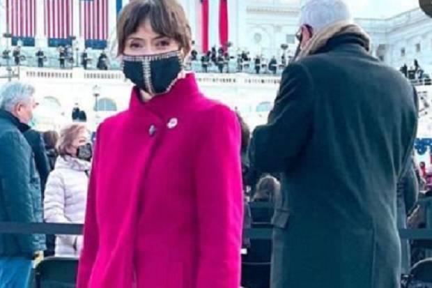 Ini Gaya Glamor Istri Mendag, Bianca Adinegoro di Pelantikan Joe Biden