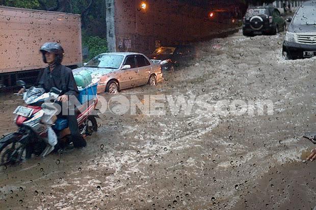 10 Jalan di Jakarta Terendam Banjir, Berikut Ini Lokasinya