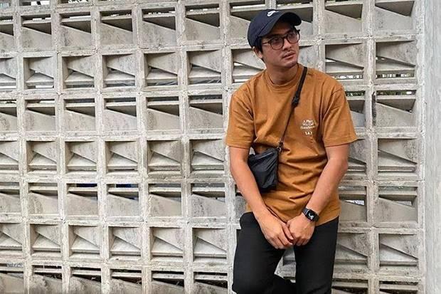 Bantu Korban Kecelakaan, Ricky Harun Dipuji Netizen