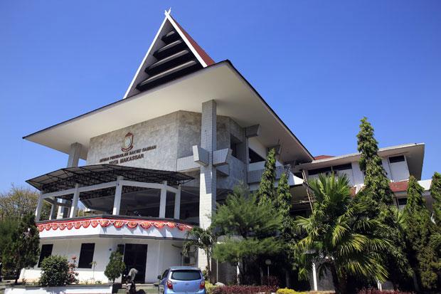 Gaji Pokok 50 Anggota DPRD Makassar Telat Dibayar, Ini Sebabnya