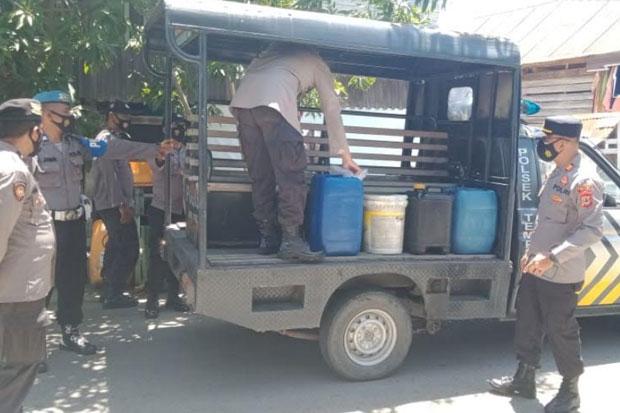 Polisi Sita 80 Liter Minuman Keras Jenis Ballo di Wajo