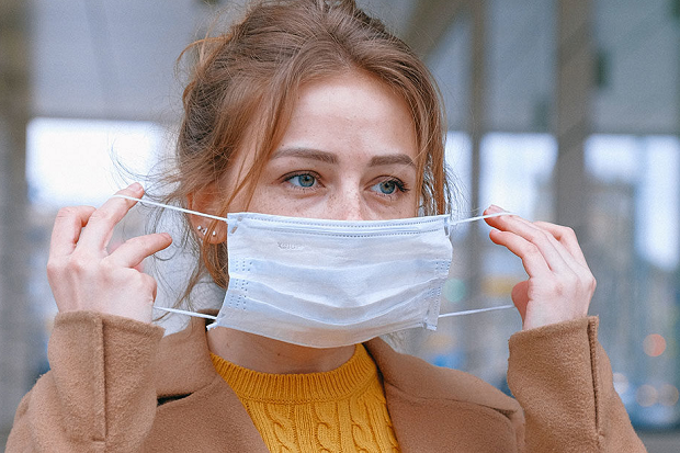 CDC Rekomendasikan Cara Baru Memakai Masker, Begini Panduannya!