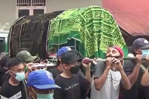 3 Warga Toraja yang Tewas Tersengat Listrik Dimakamkan Satu Liang Kubur