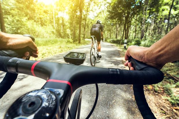Gangguan Kesehatan Mengancam Dibalik Hobi Bersepeda