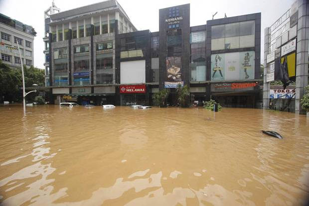 Khawatir Banjir, Warga Kemang Jakarta Selatan Diimbau Tak Parkir Mobil di Basement