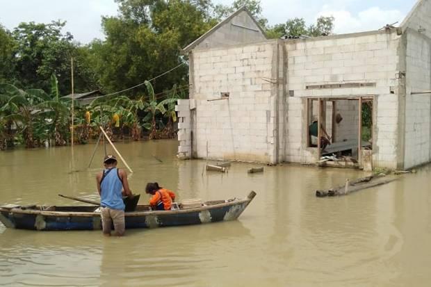 Pak Bupati! Sudah 1 Bulan Ini Permukiman Warga Muaragembong Direndam Banjir