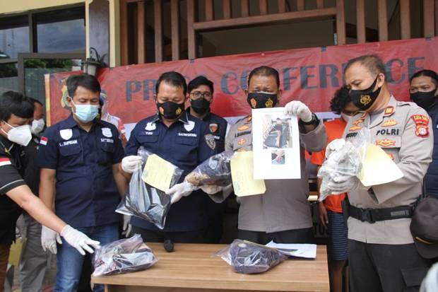 Polisi Tangkap 3 Remaja Penyiram Air Keras ABG 16 Tahun di Cipondoh