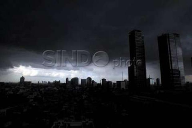 BMKG Prakirakan Hujan Sangat Lebat Akan Turun di Jabodetabek Hari Ini dan Besok