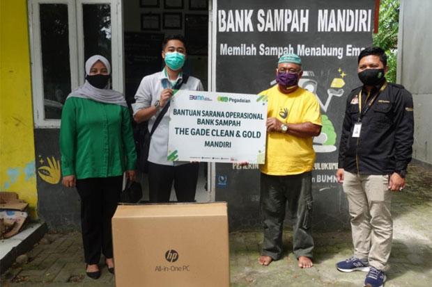 Peringati HPSN, Pegadaian Salurkan Bantuan untuk DLH dan Bank Sampah