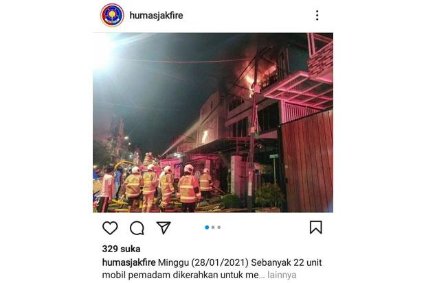 22 Mobil Damkar Dikerahkan untuk Padamkan Kebakaran di Senen