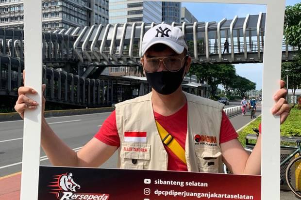 Kader PDIP Foto-foto di Jalan Sudirman, Netizen Ramai Puji Anies Baswedan