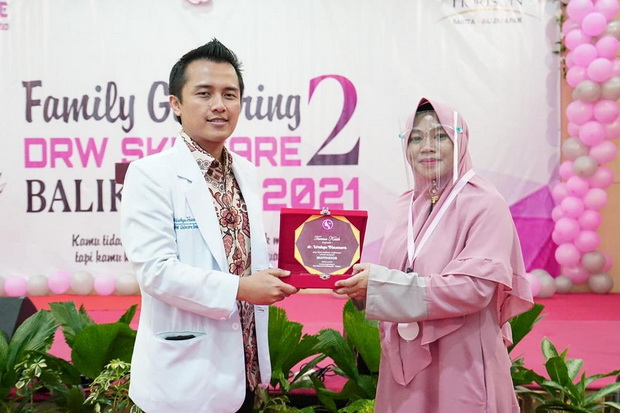 Perkuat Beauty Consultants Jadi Kunci Keberhasilan DrW Skincare