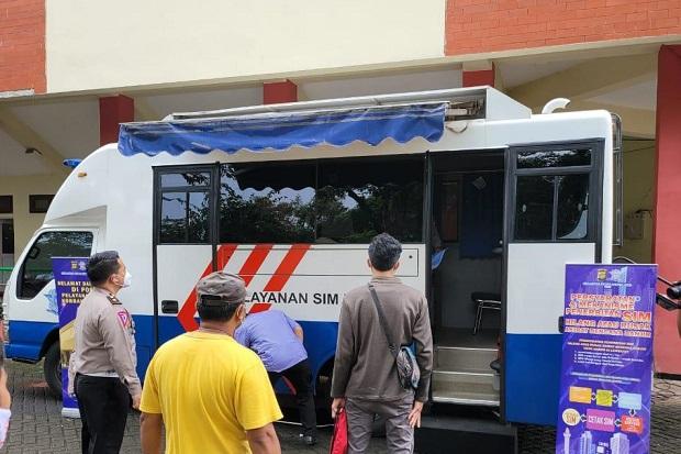 Ditlantas Polda Jaya Posko Layanan SIM yang Hilang/Rusak Akibat Banjir