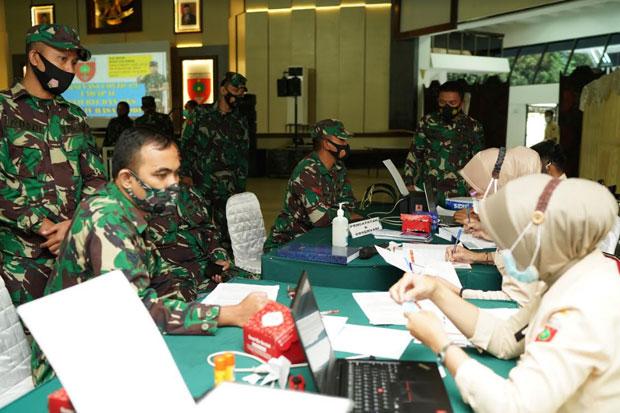 Personel Kodam XIV Hasanuddin Mulai Terima Vaksin Covid-19