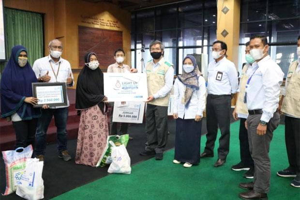 YBM PLN UIW Sulselrabar Salurkan Bantuan Rp83 Juta