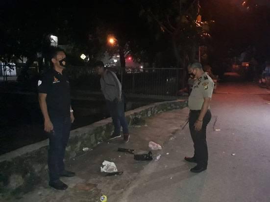 Asyik Pesta Miras, 2 Pemuda Bekasi Dikeroyok hingga Bersimbah Darah