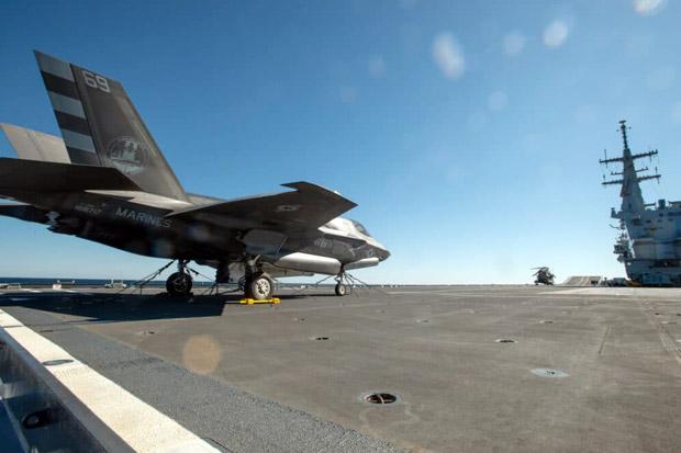Pertama Kalinya, Jet Tempur F-35B Mendarat di Kapal Induk Italia
