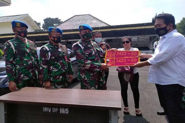Netizen Minta Pemalsu Pelat Mobil TNI Diberi Sanksi Tegas