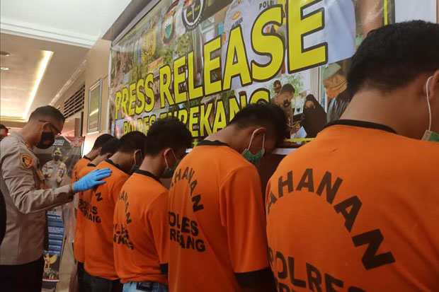 Tujuh Pelaku Pencuri Sarang Walet di Enrekang Ditangkap Polisi