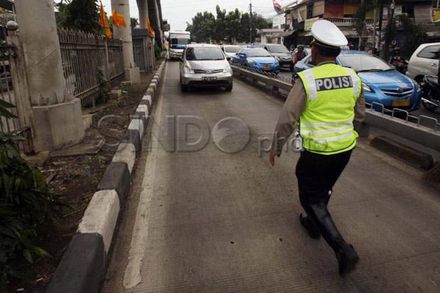 Selain Disiplin Rendah, Mix Traffic Jadi Penyebab Penyerobotan Jalur Transjakarta