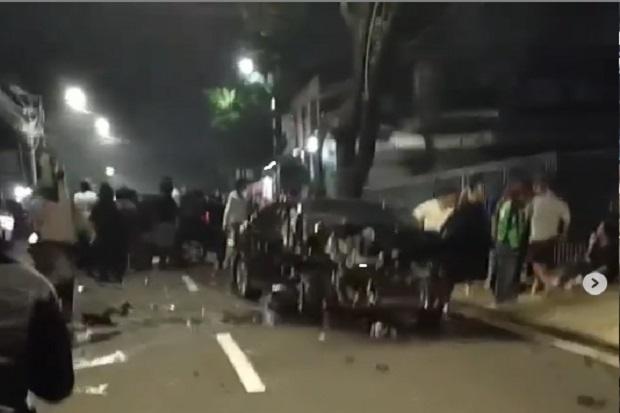 Viral Tabrakan Maut BMW vs Honda Jazz di Cipete, Mobil Melaju Kencang Mirip di Arena Balapan