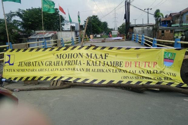 Tunggu Diperbaiki, Jembatan Graha Prima TambunDitutup Sementara
