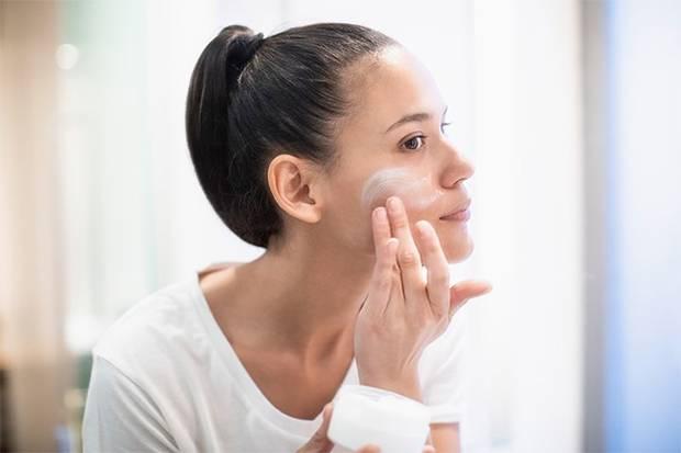 Begini Urutan dan Cara Pakai Skincare yang Benar