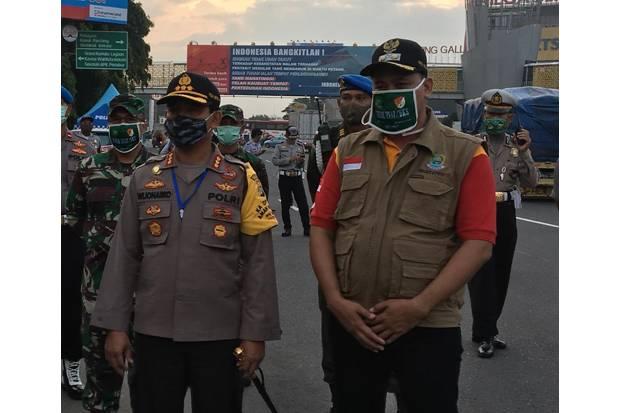 Disindir Netizen Abaikan Jalan Rusak, Wakil Wali Kota Bekasi Bilang Begini