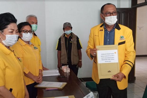 VDB Pendaftar Pertama Bakal Calon Ketua DPD Partai Golkar Tana Toraja