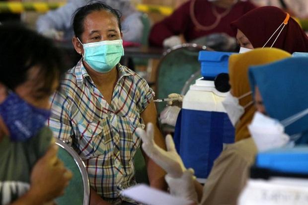 Pemerintah Tetap Jalankan Vaksinasi Covid-19 di Bulan Puasa