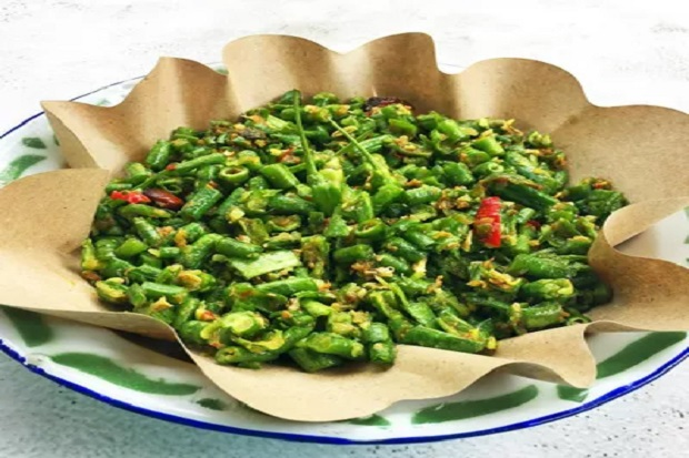 Segar Banget, Pencok Kacang Panjang Cocok untuk Makan Hari Ini