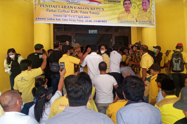 Hari Terakhir Pendaftaran Calon Ketua Golkar Tana Toraja Diwarnai Kericuhan