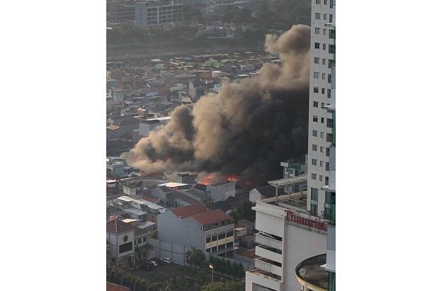Kebakaran di Pasar Kambing Tanah Abang, Petugas Berhasil Cegah Perambatan Api