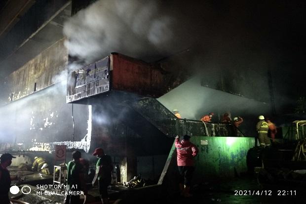 388 Lapak Milik Pedagang di Gedung Pasar Minggu Ludes Terbakar
