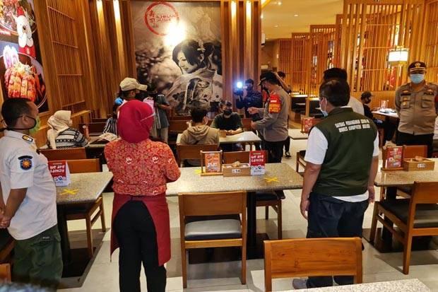 Selama Ramadhan, Kafe di Bekasi Buka hingga Jam 11 Malam