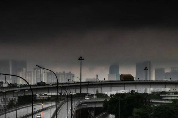 Jumat Pagi Ini Jakarta Cerah Berawan, Bogor-Depok Hujan Petir di Sore Hari