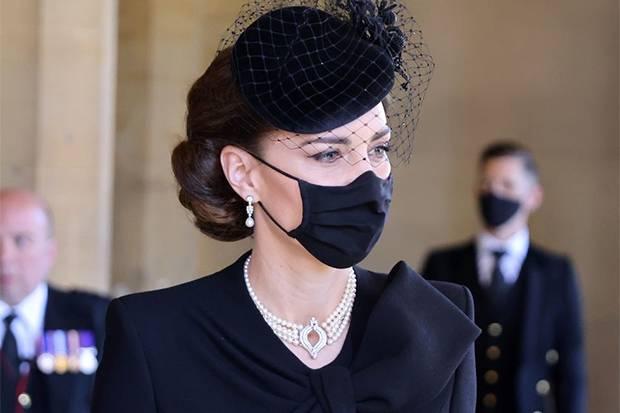 Inilah Nilai Sentimentil Perhiasan Kate Middleton di Acara Pemakaman Pangeran Philip