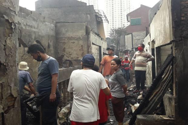 Masih Ada Asap, Begini Suasana Lokasi Kebakaran di Taman Sari