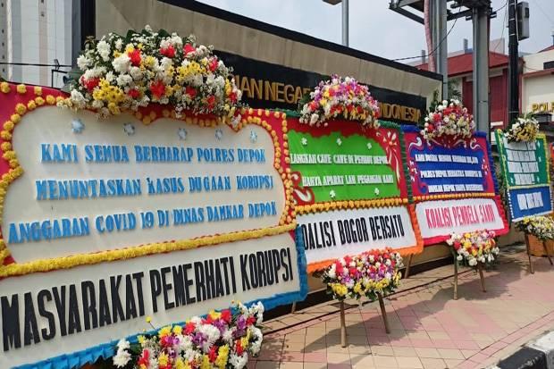 Semerbak Bunga Dukungan untuk Polres Depok Bongkar Dugaan Korupsi Damkar