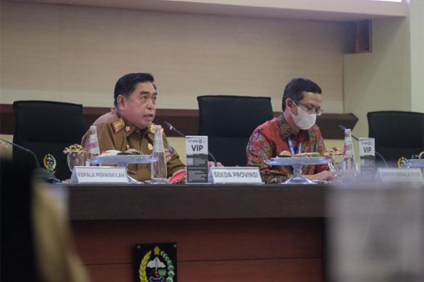 Abdul Hayat Pimpin Rapat Rutin Pemprov Sulsel, Bahas Mudik hingga LHKPN