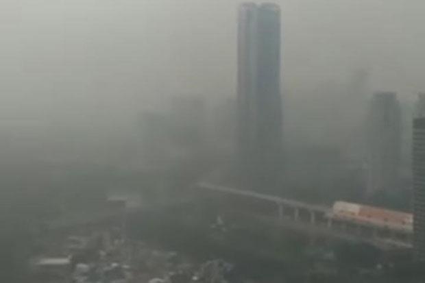 Sempat Bersih, Kini Polusi Kembali Selimuti Langit Jakarta