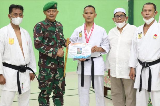 Karateka Dojo Inkai Zipur 8/SMG Makassar Raih 25 Medali di SBY Cup 2021